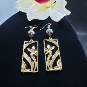 Tropical flowers in Bloom earrings